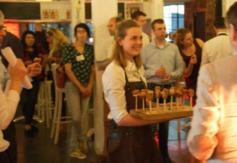 hospitality job Ober en Serveerster Medewerkers Bediening Evenementen Personeel Ober en Serveerster verjaardag organiseren